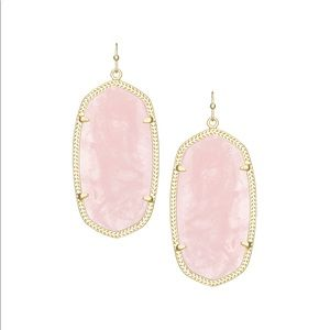 Rose quartz Kendra Scott earrings in gold!